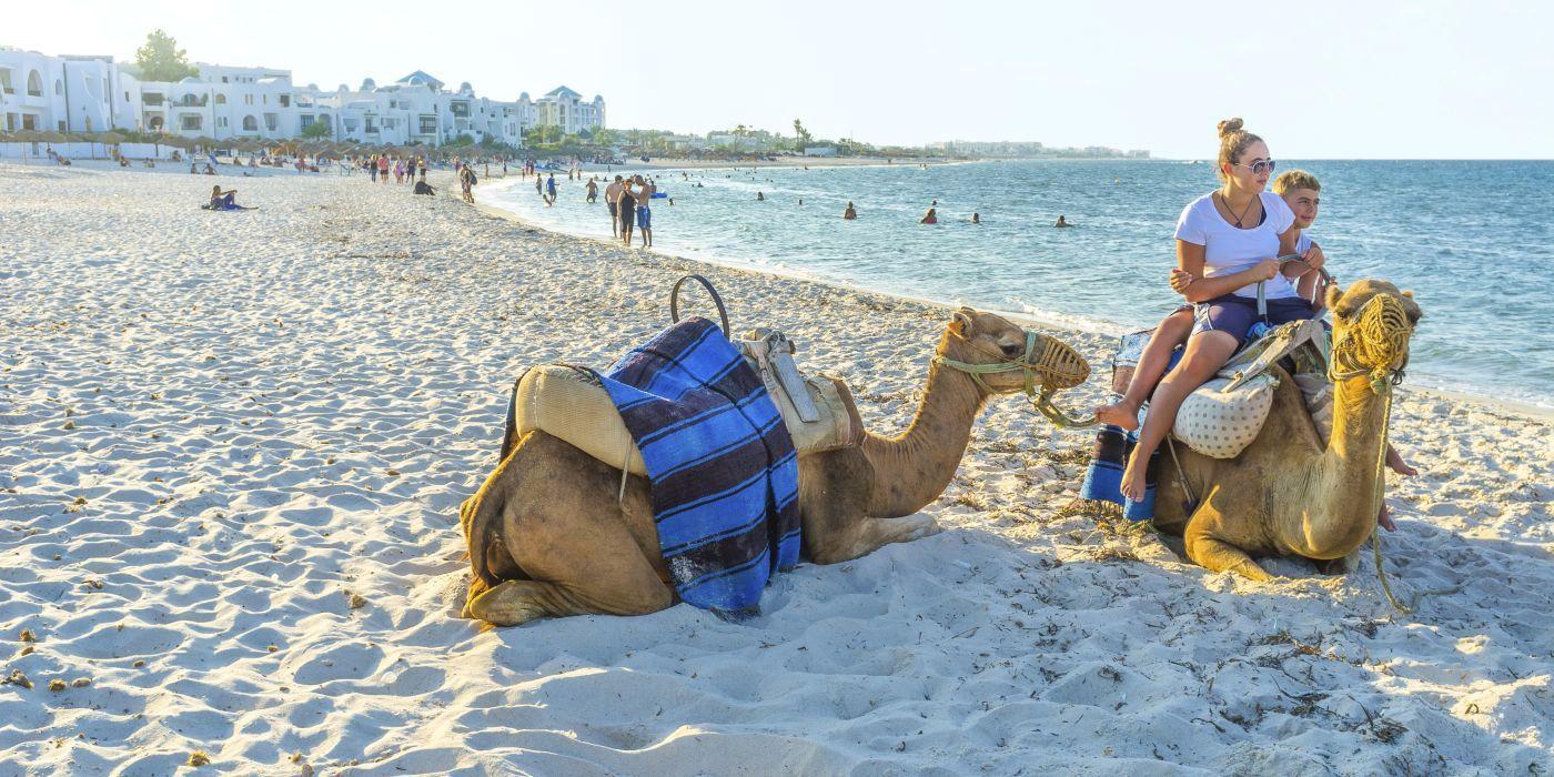 Wyjazd do Tunezji a polisa